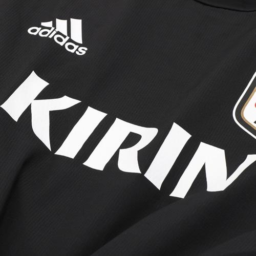 サッカー日本代表 TIRO19 ウォームトップ